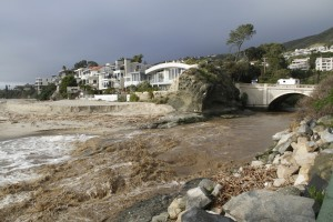 Stormy-Aliso-Creek-Laguna-Beach-CA-2010-12_00